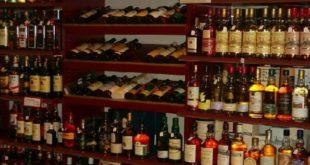 استثناء الخمور من زيادة الجمارك على السلع الاستفزازية